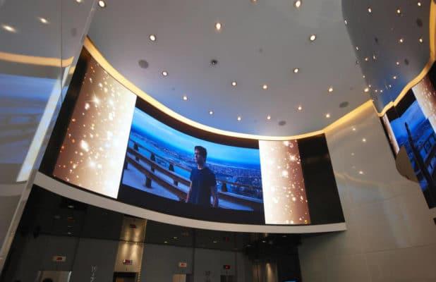 Curved-LED-Screen-Indoor-Rental-LED-Display